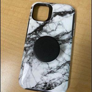 iPhone 11 otter box